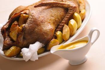 02-oie-rotie-aux-pommes-et-marrons
